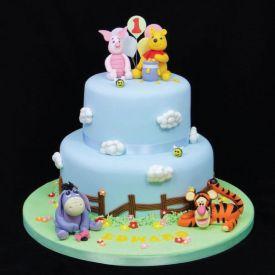 pooh designer cake