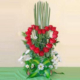 Heart shape flowers arrangements