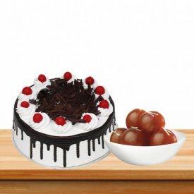 Black Forest Cake With Loose Gulalb Jamun