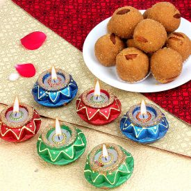 laddu With Diyas