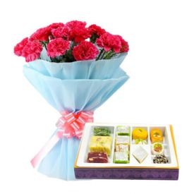 Bunch of 10 Mixed Carnation and 1/2 Kg Mixed Sweets