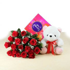 Combo with Red roses