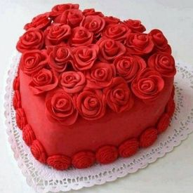 Red Floral Heart Cake