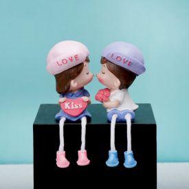 Love Couple Show Piece