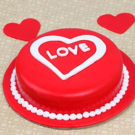 1 Kg Red love cake