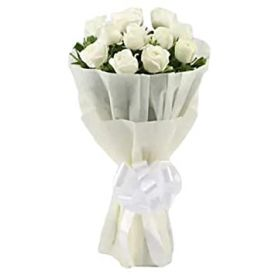 10 White Roses in paper Packing