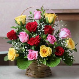 Basket of 20 mix Roses