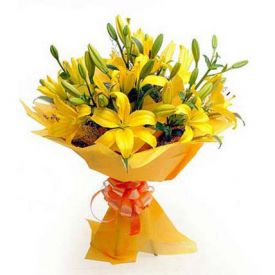 Bunch of orange and yellow asiatic lilies