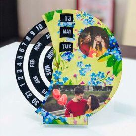 Desktop Calendar Personalized With 12 Images