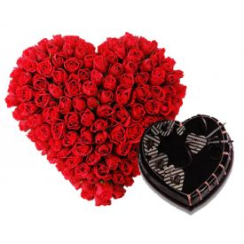 Heart Roses with Cake Arrangements
