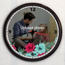 Marvelous Personalized Wooden Clock