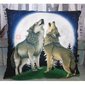 Wolf Song Illustration Vegan Throw Pillow