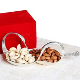 Single Swan Cashew nuts Almonds