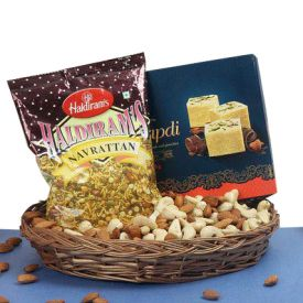 Soan Papdi Haldiram's Navrattan Mixed Dry Fruits