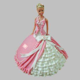 Queen Barbie Cake