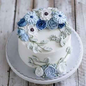 happy birthday blue and white flower cake