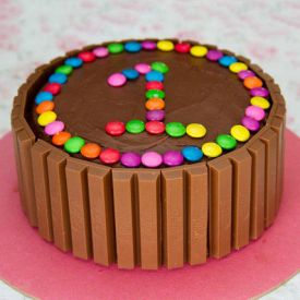 Kit Kat and Gems chocolates cake