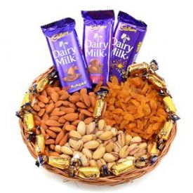 Mixed Dry Fruits with Chocolates