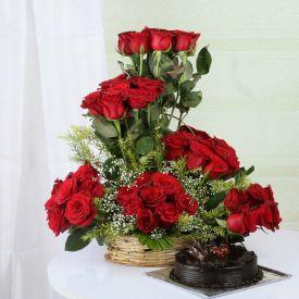 Roses with Truffle Cake