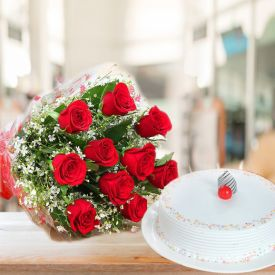 Red Roses with Vanilla Cake